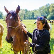 eleonore-f-Moniteur d'équitation-portrait-1