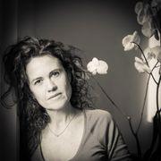 isabelle-n-Centre de Bien-être et Yoga-portrait