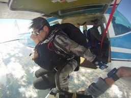 patrick-b-Moniteur de parachutisme-2