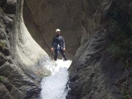 marco-r-Moniteur Canyoning et Escalade-1