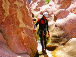 marco-r-Moniteur Canyoning et Escalade-4