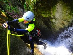 marie-z-Moniteur Canyoning et Escalade-9