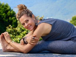 stephanie-a-Professeur de Yoga-1