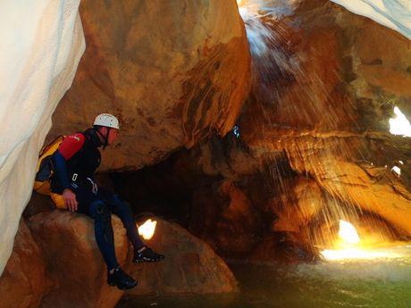 yann-a-Moniteur Canyoning et Escalade-3