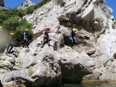 nicolas-r-Moniteur Canyoning et Escalade-6