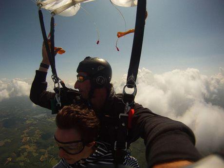 patrick-b-Moniteur de parachutisme-1
