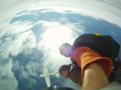 patrick-b-Moniteur de parachutisme-7