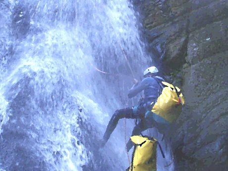 marco-r-Moniteur Canyoning et Escalade-5