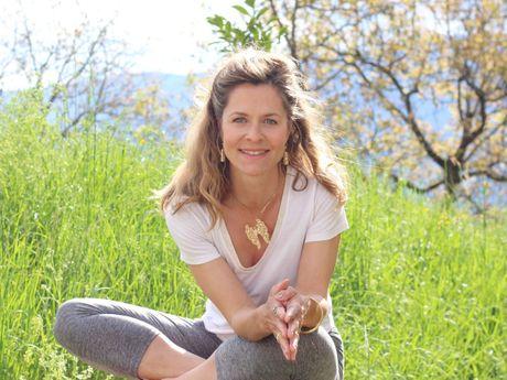 stephanie-a-Professeur de Yoga-3