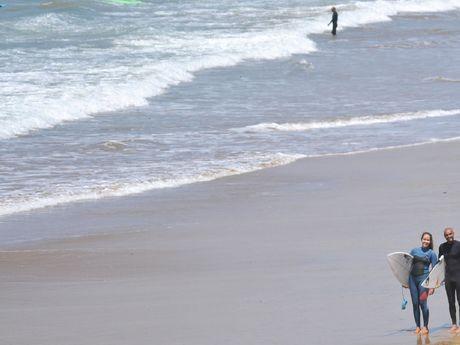 Photo d'Auriane et Amjad Team Adrenalin Surf Maroc