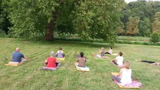 Stage de yoga dans un château de la Sarthe-9