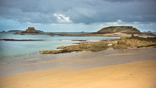 Coastal sail training Bretagne