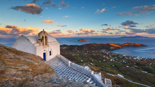 Croisière sportive dans les Cyclades - voilier 44'