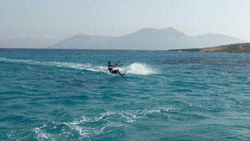 Croisière kitesurf dans les cyclades - voilier 44'