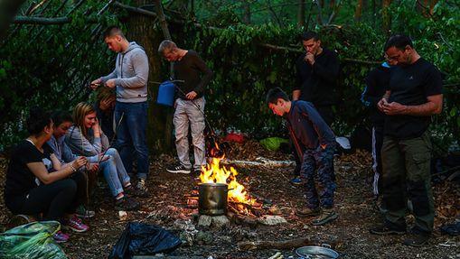 Stage de survie en milieu naturel forestier-3