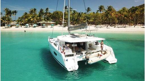 Croisière Grenadines HELIA 44 avec hôtesse