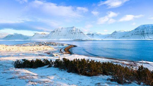Ski de randonnée entre les fjords en Islande-5