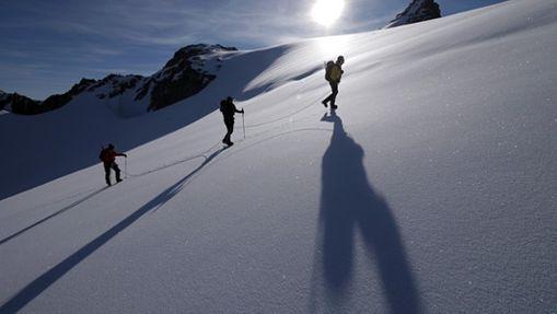 Ascension cordée Mont Blanc au soleil