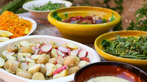 Yoga &vegan food preparation and nutrition retreat