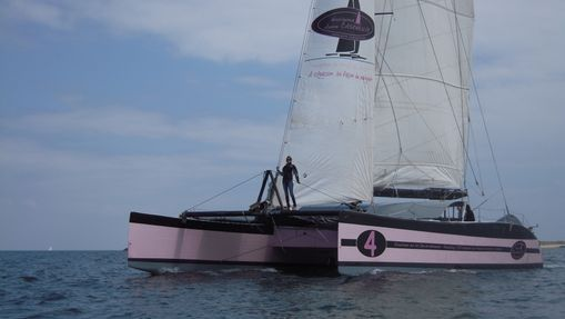 Journée en maxi catamaran à destination de Houat-3