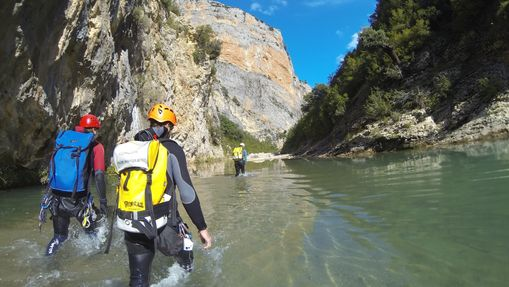 walter-s-Moniteur Canyoning et Escalade-1