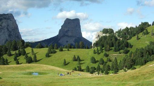 Panorama sur le Mont Aiguille