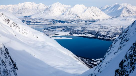 Ski de randonnée entre terre et mer en Norvège