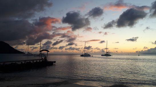 Croisière privée vers les tuamotu en catamaran 41'