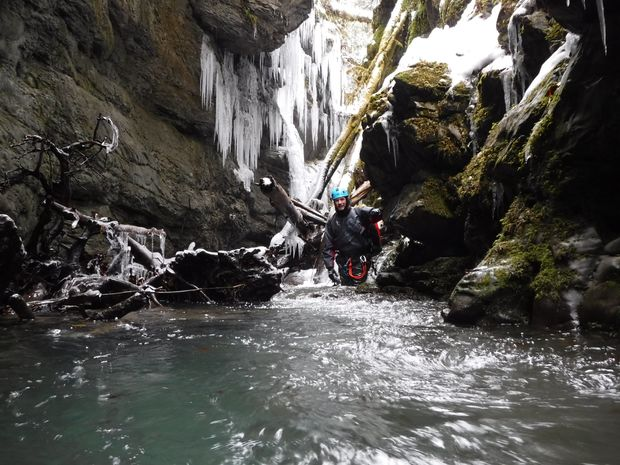 Canyoning en hiver : le Canyon du Gros Hêtre -7