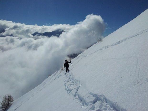 Les pieds dans la neige , la tête dans les nuages