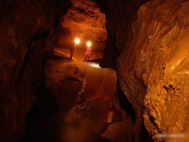 Spéléologie Sainte-Baume : grotte de la Castelette-4