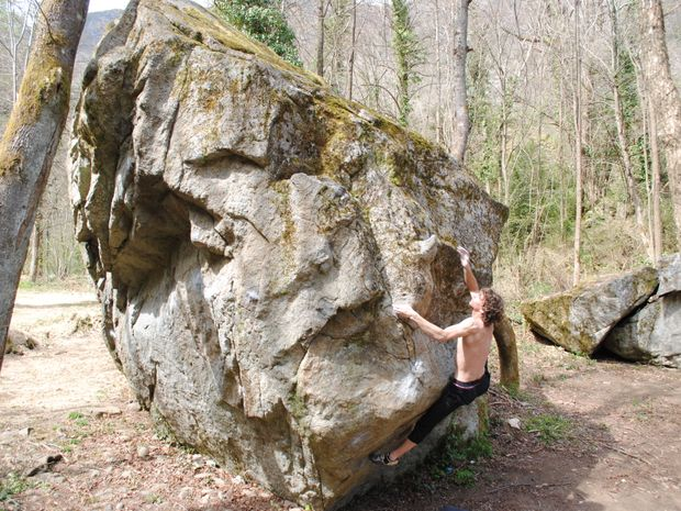 1/2 journée escalade de bloc en Ariège-2