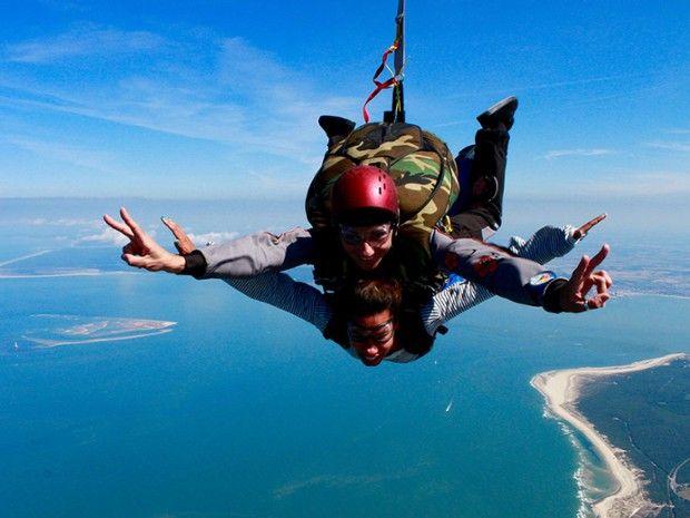 Saut en parachute tandem 4200m-1