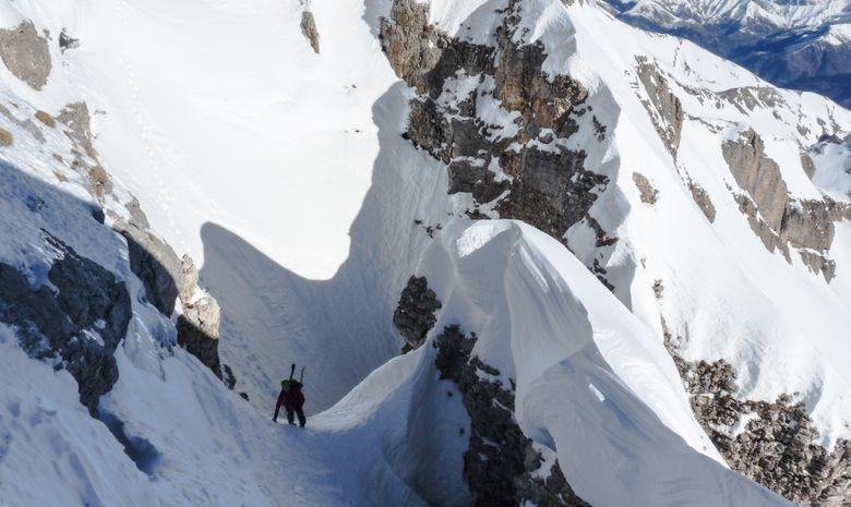 Alpiniste après le passage d'un chourum