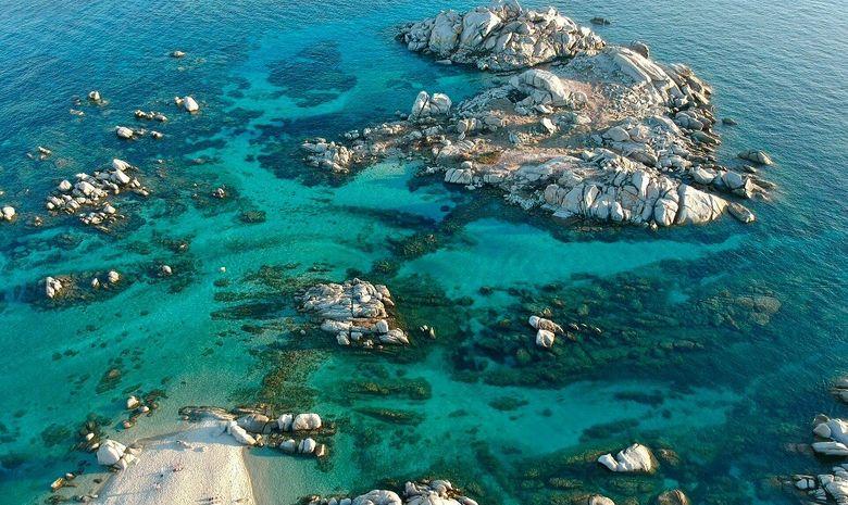 Le Nord de la Sardaigne au départ de Corse