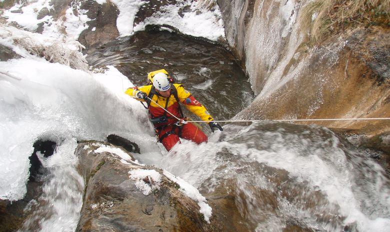 Journée Canyoning Hivernal  Hautes Pyrénées-6