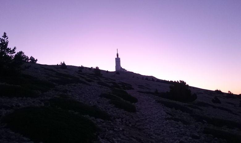 Lever de soleil au sommet du Mont Ventoux-7