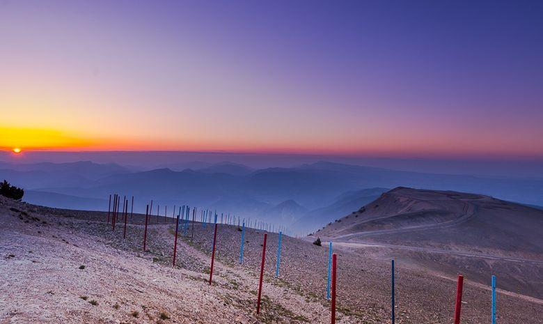 Lever de soleil au sommet du Mont Ventoux-10