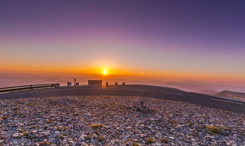 Lever de soleil au sommet du Mont Ventoux-3
