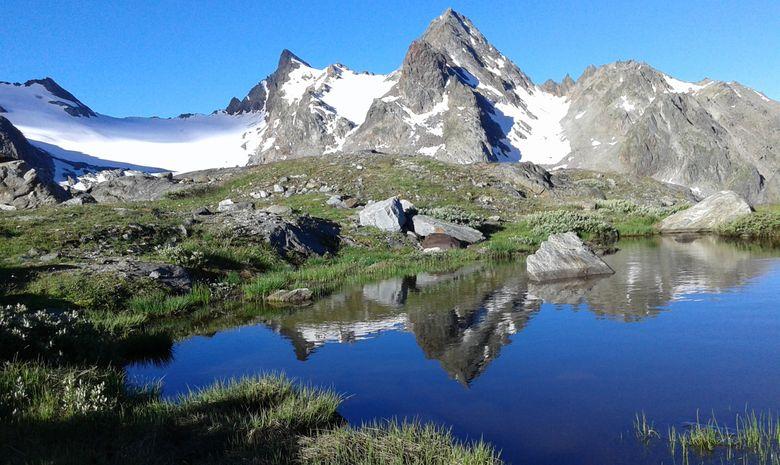 Cascades, lacs et glacier du Ruitor-2