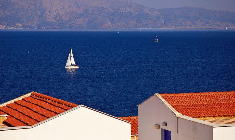 Croisière dans les Cyclades en voilier privatif-12