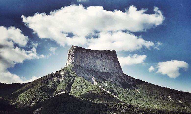 Ascension & Bivouac au sommet du Mont Aiguille