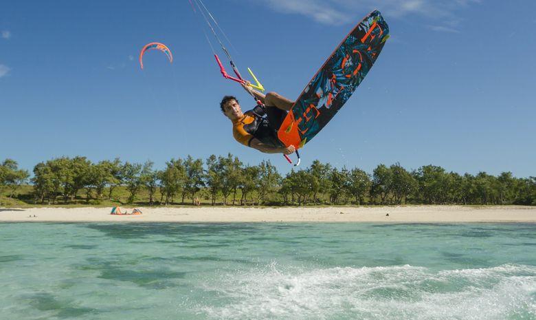 Stage de kitesurf sur le spot de l'Almanarre-12