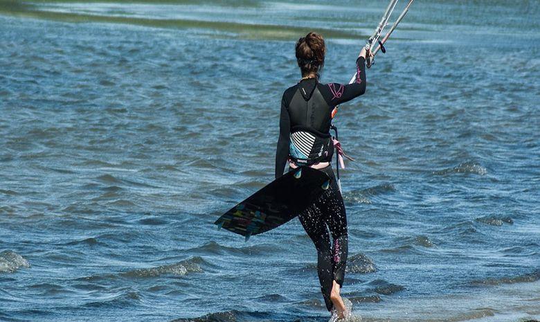 Stage de kitesurf à l'Almanarre pour les enfants-8