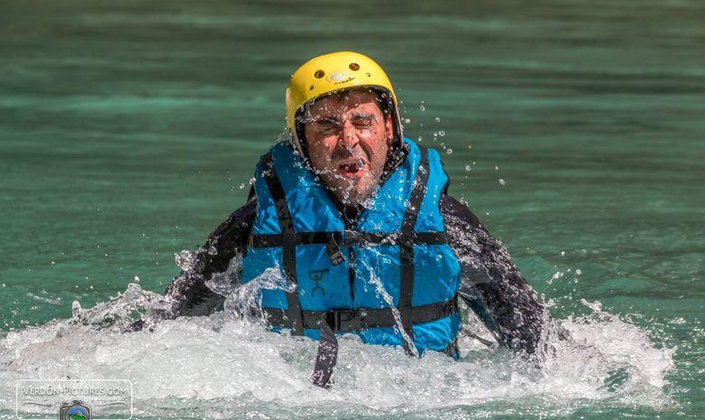 Descente sportive en canoë-kayak dans le Verdon-3