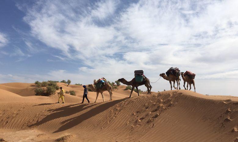 Retraite Yoga itinérante dans le désert marocain-1
