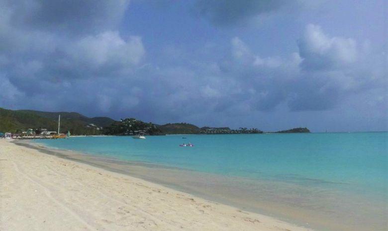 Croisière privatisée FIRST 41 en Guadeloupe