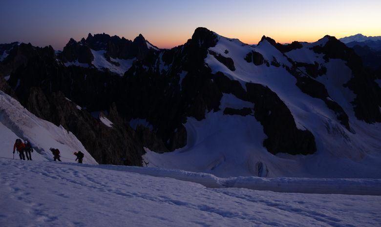 Ascension du Dôme des Ecrins en 2 jours-6