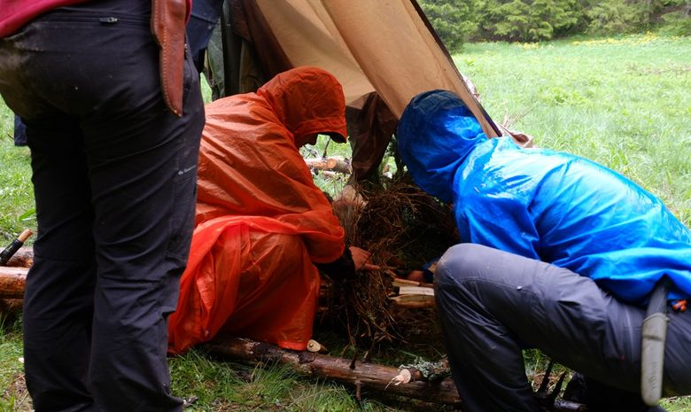 Stage d'initiation à la survie en Haute-Savoie-5