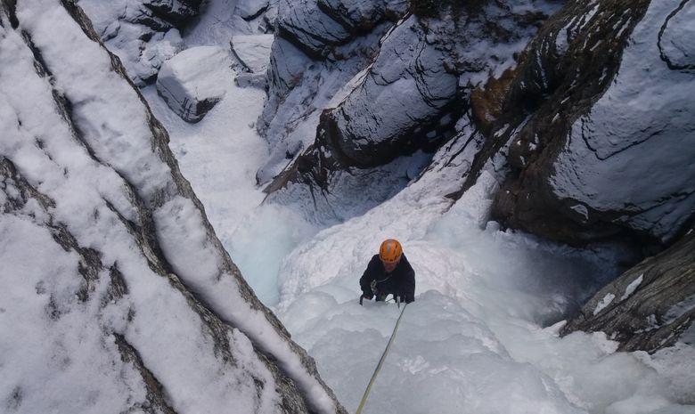 Stage 4 jours cascades de glace à Cogne